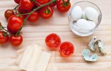 Pomodorini con uovo di quaglia e GranSfoglia
