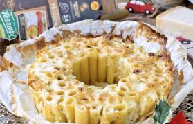Timballo di pasta con crema di Parmigiano Reggiano