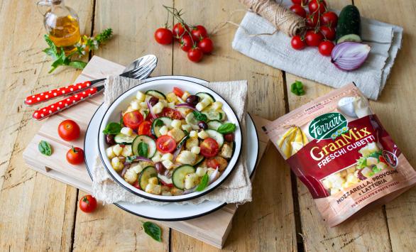 Panzanella croccante alle verdure con GranMix Freschi Cubetti