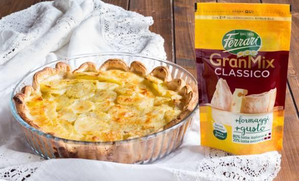 Torta di sfoglia e patate ai formaggi