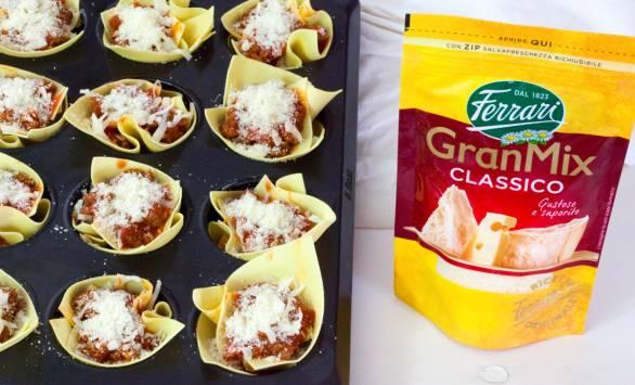 Mini lasagna al ragù di salsiccia e GranMix Mozzarella e Provolone Ferrari