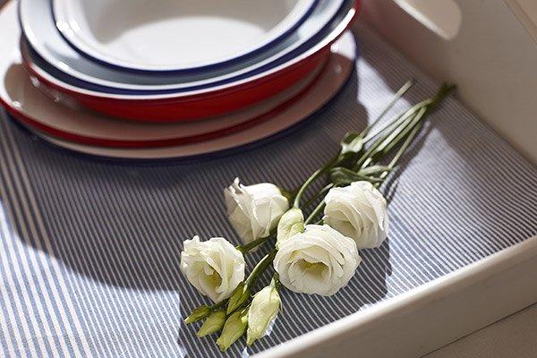 Rose Bianche per decorare la Tavola